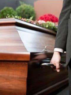 Cierran funeraria en Valledupar por velar a muerto con coronavirus