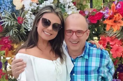 Jota Mario Valencia y su viuda, Gineth Fuentes