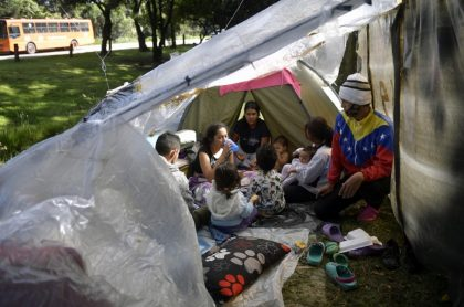 Venezolanos en la Autopista Norte