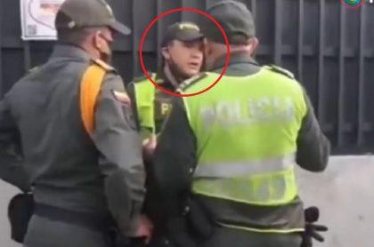 Patrullero Zúñiga se niega a desalojar familias