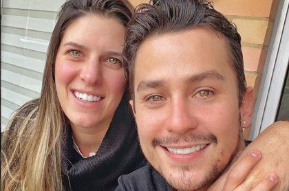 Sebastián Vega, actor, y su esposa, Valentina Ochoa.
