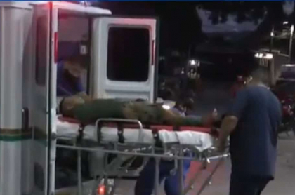 Militar herido en emboscada