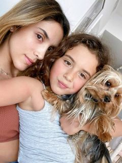 Daniela Ospina y Salomé Rodríguez Ospina