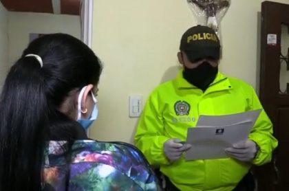 Mujeres capturadas en operativo a banda de ladrones, en Cali