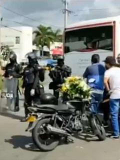 Paran corte fúnebre en Girón, Santander