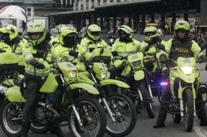 Policías salen de cuarentena en Bogotá.