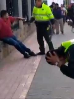 Policía herido les dispara a dos venezolanos, en Tocancipá