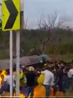 Camión-explota