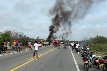 Explosión de camión con gasolina