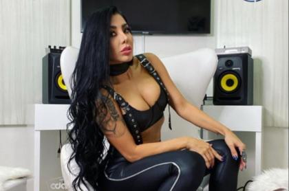 DJ Marcela Reyes.