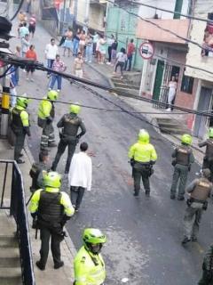 Ataque-a-policías-en-Medellín