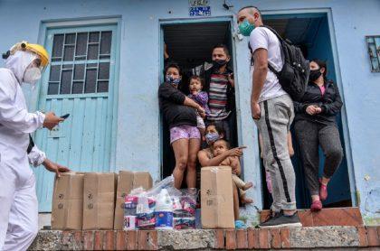 Actividad económica colombiana quiere arrancar, pero sigue en cuidados intensivos.