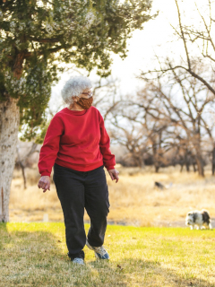 Mayores de 70 años podrán hacer actividad física dos horas diarias