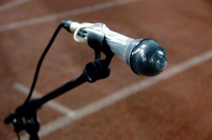 Pusieron condón en micrófono de un fiscal, en España.