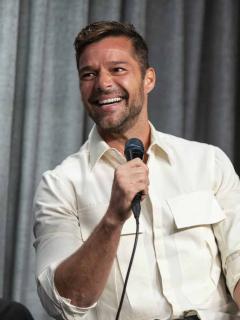 Foto por la que pensaron que Ricky Martin tenía una deformidad en su pie