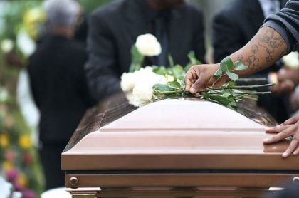Familia denuncia confusión en entrega de cuerpos