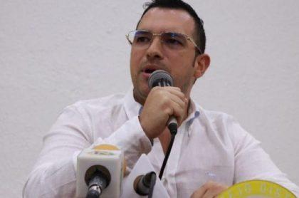 Renuncia contralor de Barranquilla por escándalo de la Triple A
