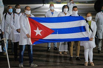 Brigada de médicos cubanos.