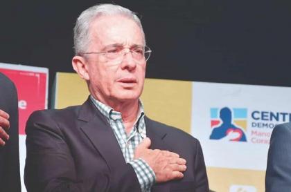 Corte Suprema no sabe si enviar a prisión a Álvaro Uribe