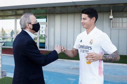 Florentino Pérez y James Rodríguez en la ciudad deportiva del club blanco.