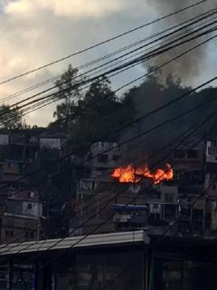 Incendio-en-vivienda-de-sur-de-Manizales