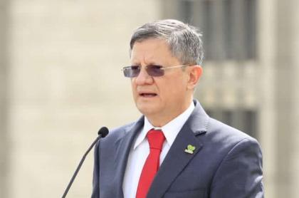 Luis Fernando Suárez, gobernador encargado de Antioquia, se recuperó de coronavirus
