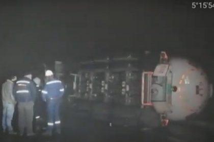 Accidente-de-camión-con-gas-en-Cundinamarca