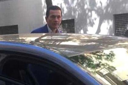 Guillermo Acevedo Giraldo, vinculado en negocios con la vicepresidenta Marta Lucía Ramírez, en una calle de Madrid.