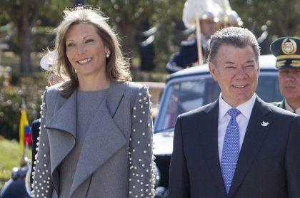 Como 'doña Florinda', 'Tutina' le deseó feliz cumpleaños a Santos.