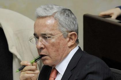 Homenaje del CD a Álvaro Uribe Vélez
