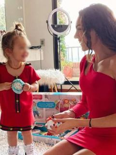 Eileen Roca dice cómo curó de 'mal de ojo' a su hija.