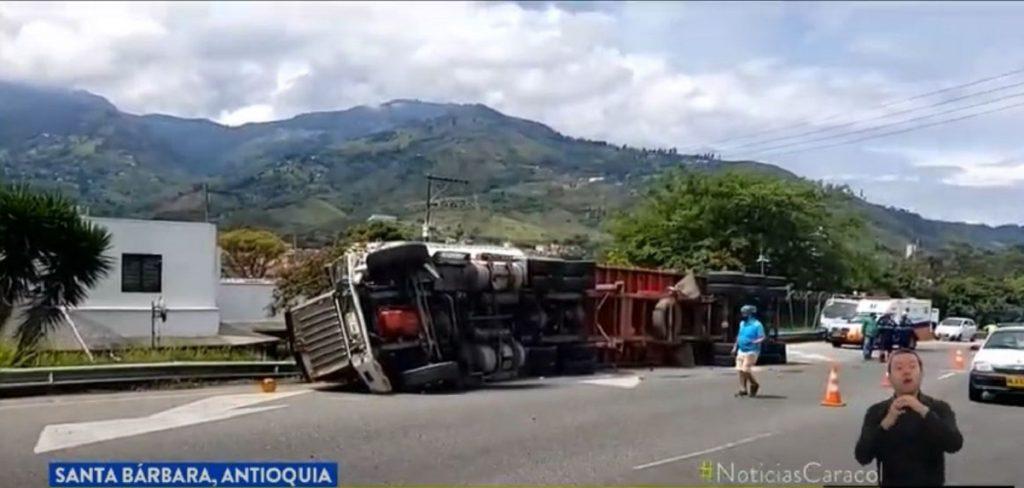 Accidente de camión en Antioquia-Noticias Caracol