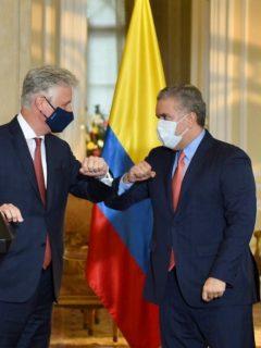 Robert O'Brien, asesor de Seguridad Nacional de EE.UU., e Iván Duque, presidente de Colombia.