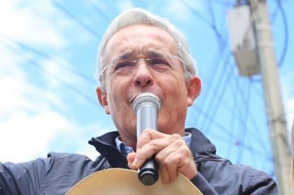 Comisión Internacional de Juristas pide respetar la justicia en caso Uribe
