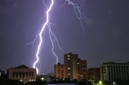 [Video] Así se vivió la tormenta eléctrica que les quitó el sueño a los barranquilleros.