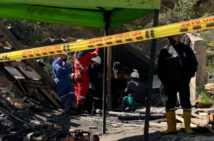 """""""Ya no queda mucho"""": habla una de las tres  personas atrapadas en mina de Cundinamarca."""