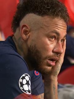Neymar, positivo por coronavirus. En la foto, el brasileño con el PSG