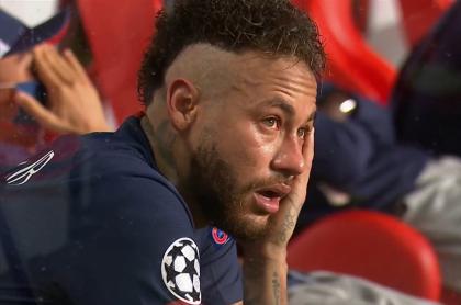 Neymar llorando tras perder la final de Champions