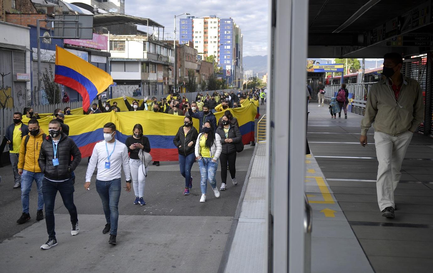 El clamor de los comerciantes parece haber sido escuchado por la alcaldesa, quien sentenció que pedirá al Gobierno Nacional por el fin de las cuarentenas estrictas en la ciudad. / AFP