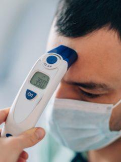 El Ministerio de Salud, mediante la resolución 0223, modificó los protocolos de bioseguridad en Colombia para prevenir el COVID-19.