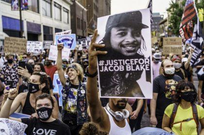Protestas en EE. UU. por agresión policiaca a Jacob Blake.