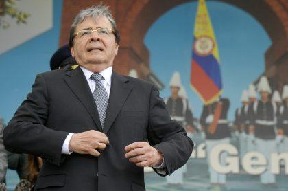 Carlos Holmes Trujillo podría ser candidato presidencial del uribismo