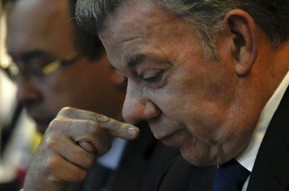 Santos pide respeto por acuerdos y dignidad de América Latina