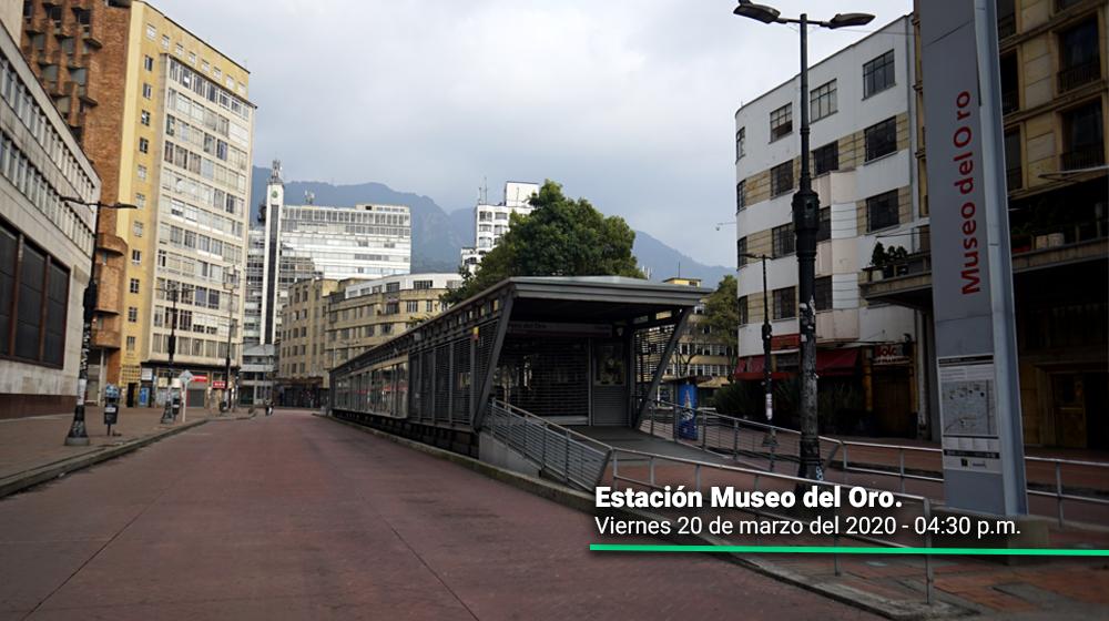 Estación de transmilenio Museo del Oro durante el primer día del simulacro de aislamiento en Bogotá