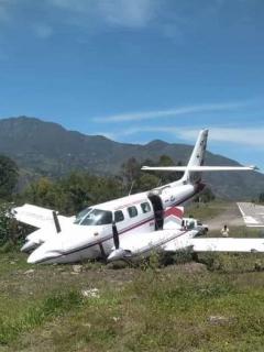 Avión que se salió de la pista y se accidentó en Boyacá