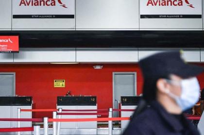 Imagen de oficinas de Avianca, aerolínea que recibirá préstamo del Gobierno Duque