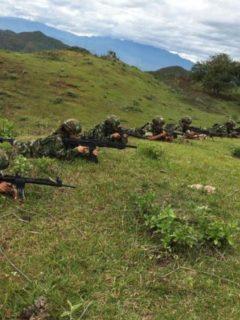 Disidentes de las Farc exhiben armas en Cauca