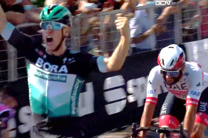 Pascal Ackerman vence a Fernando Gaviria en primera etapa de la Tirreno-Adriático