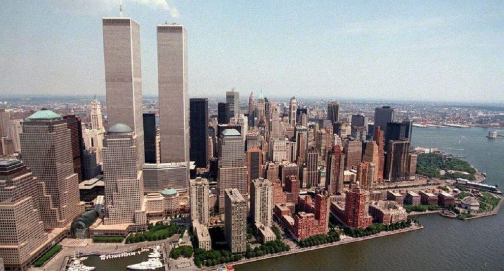 Foto panorámica de las Torres Gemelas durante los años 90.