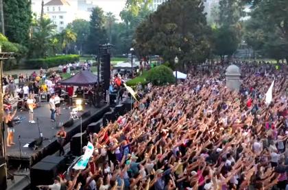 Concierto cristiano frente a capitolio de Sacramento, California, EE. UU.